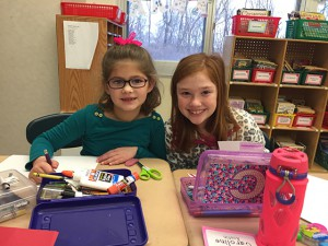 Boght Hills students make holiday cards for soldiers