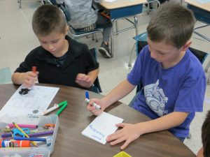 southgate students make thanksgiving cards for the equinox dinner